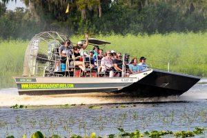 Bateau à moteur des Everglades
