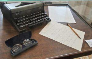 Machine à écrire, outil de la discipline de l'écriture